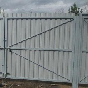 Ворота распашные без калитки под ключ 3 на 1, 8 метра